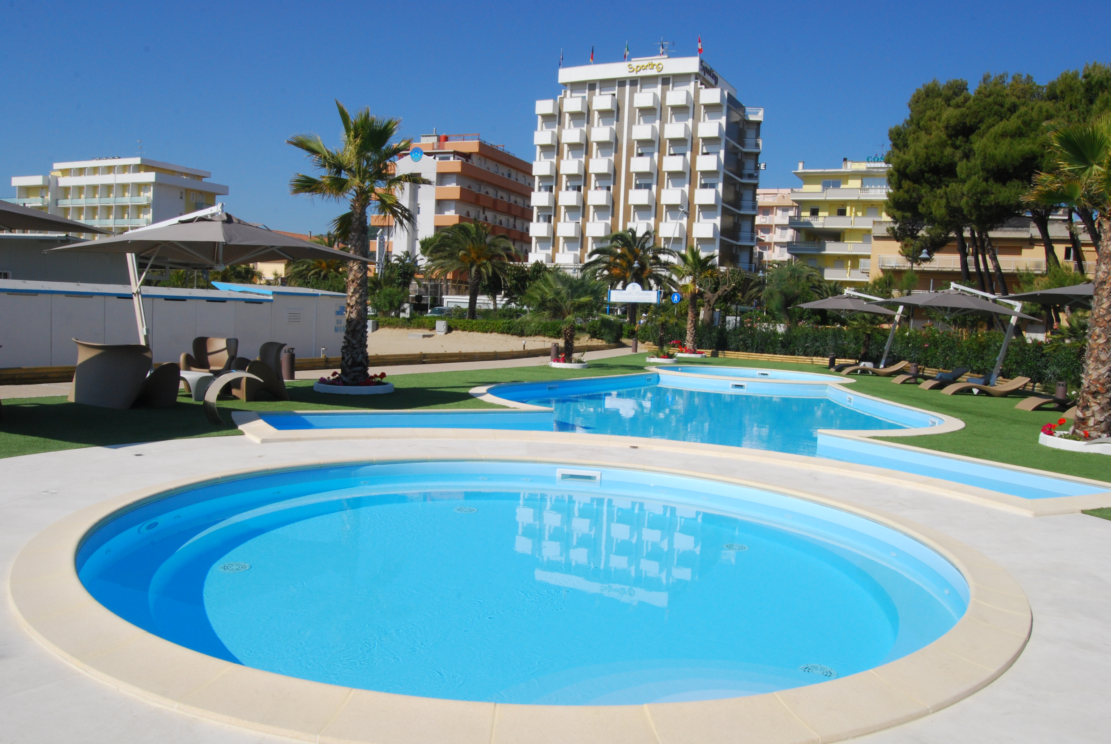sporting village beach - alba adriatica