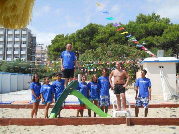 animazione in spiaggia hotel sporting alba adriatica